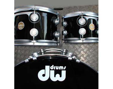 DW - COLLECTOR'S SERIE SOLID BLACK - photo n 1