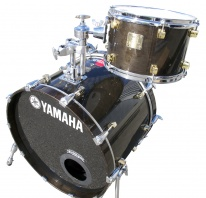 YAMAHA  - MAPLE CUSTOM