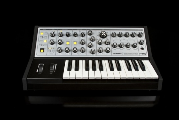 MOOG  - SUB-PHATTY  - photo n 1