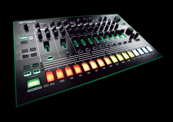 ROLAND  - TR-8 RYTHM PERFORMER  - photo n 2