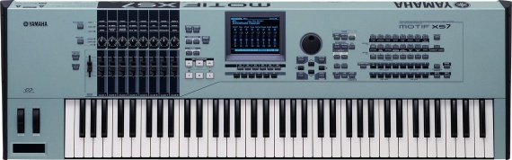 YAMAHA  - MOTIF XS7 - photo n 1