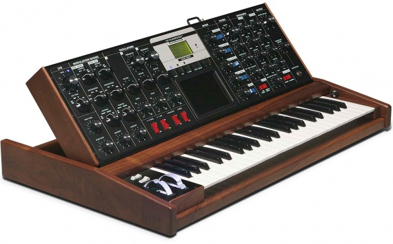 MOOG - MINI MOOG VOYAGER  - photo n 1