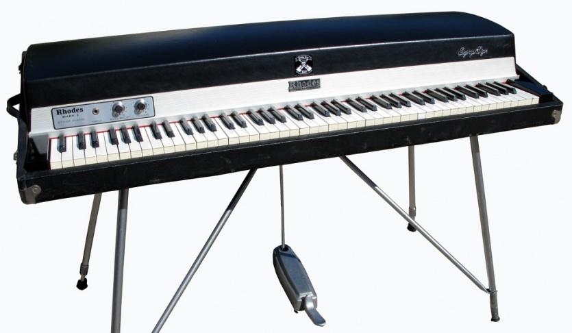 newloc piano electrique rhodes mki 88 stage. Black Bedroom Furniture Sets. Home Design Ideas