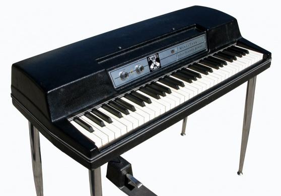 Newloc piano electrique wurlitzer ep200a for Piano electrique