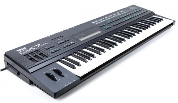 YAMAHA  - DX7 II/IIFD - photo n 1